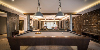 Qualified pool table movers in Snoqualmie content img3